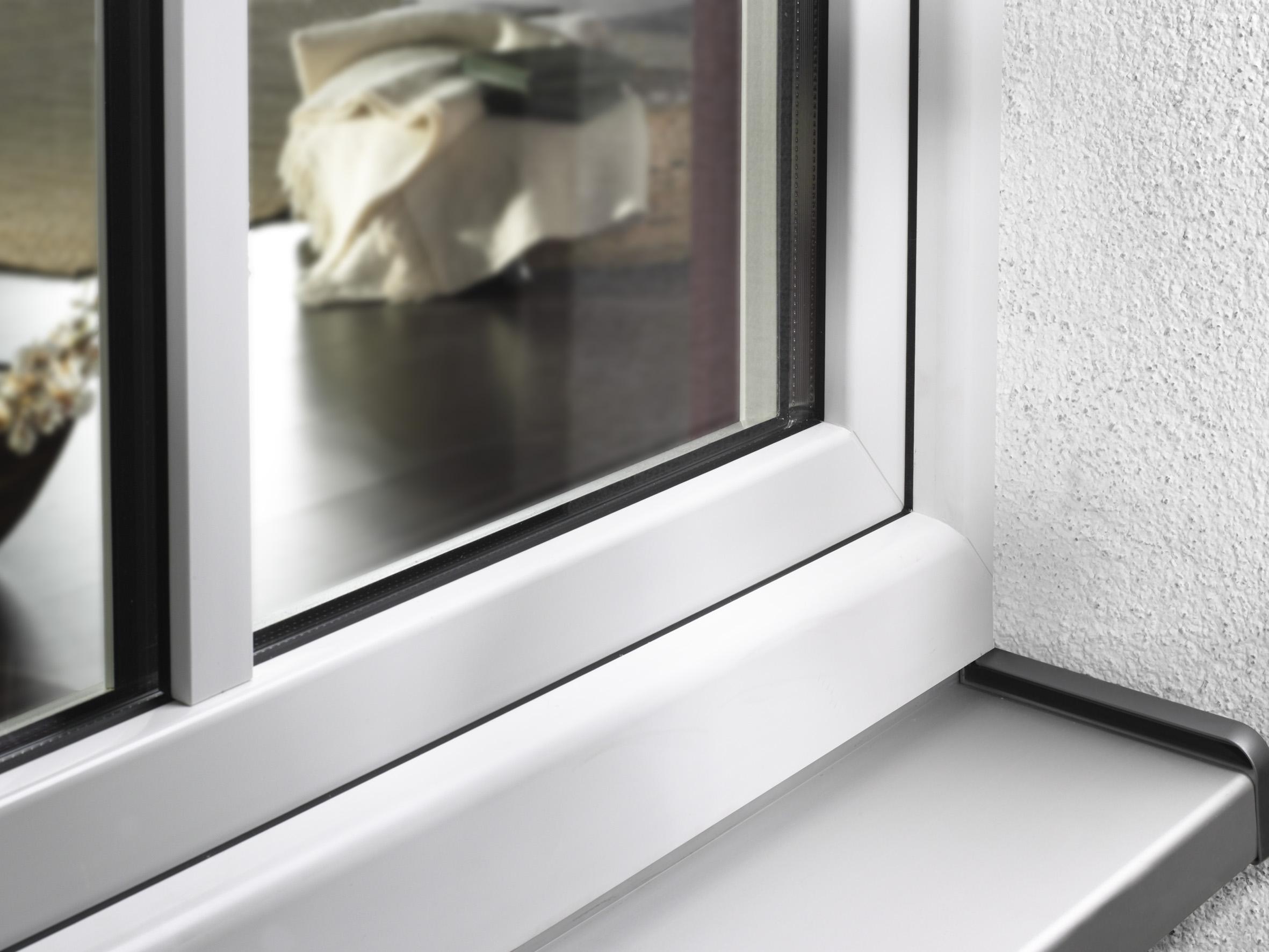 Jak zabránit žloutnutí plastových oken