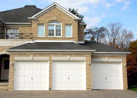 Kde koupit garážová vrata?