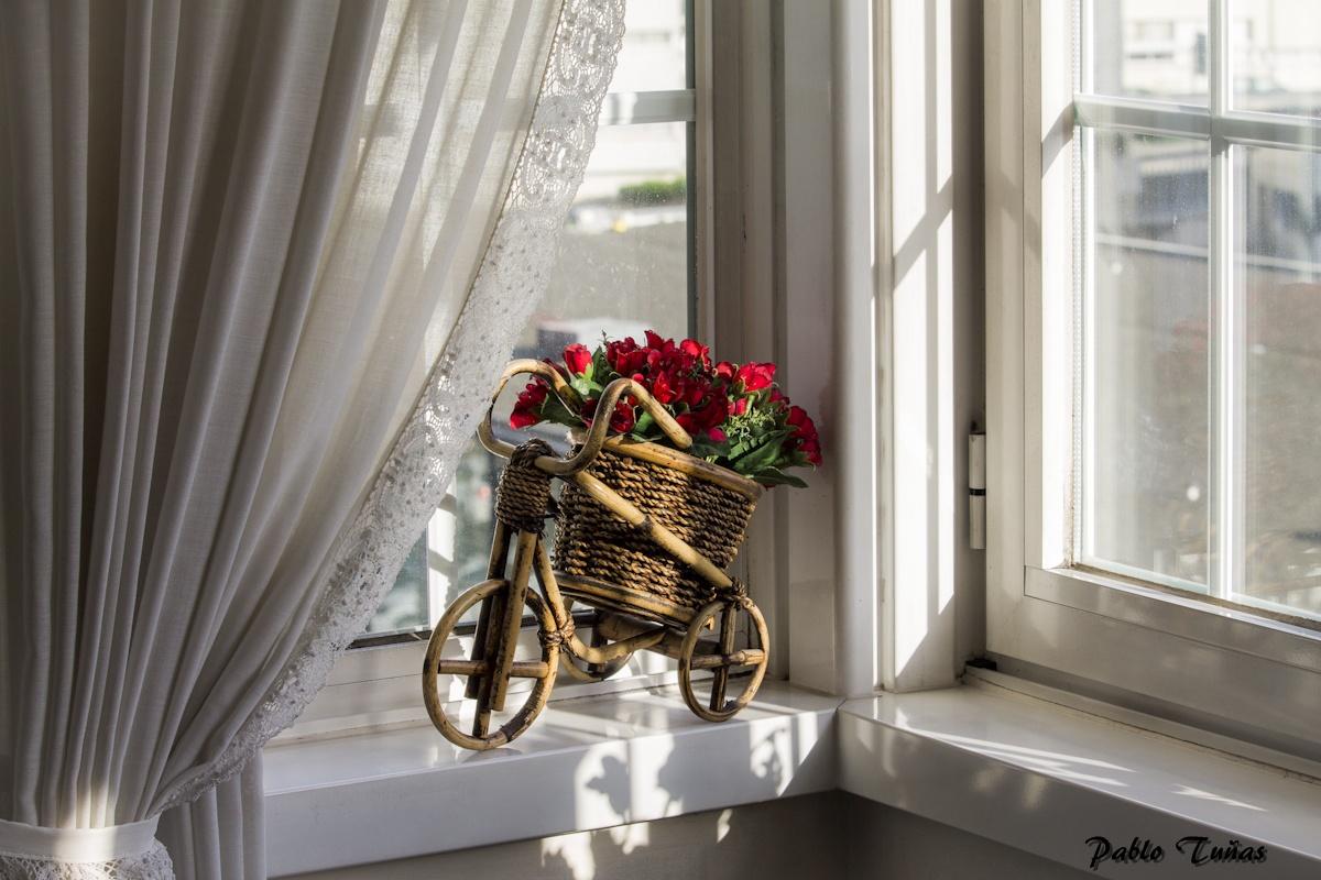 Jak přidělat záclony do plastových oken