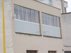 Zasklívání balkonů a lodžií reference Třebíč